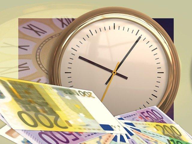 hodiny, peníze, bankovky